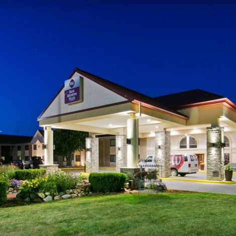 10. $129 – RAMKOTA DOUBLE QUEEN ROOM OR STANDARD KING ROOM with 6 WATERPARK WRISTBANDS/Sioux Falls, SD/Expires 10/31/2019